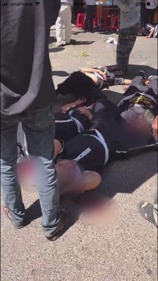 Nhân chứng hãi hùng kể lại giây phút xe Lexus biển tứ quý lao thẳng vào đám tang - Ảnh 3.