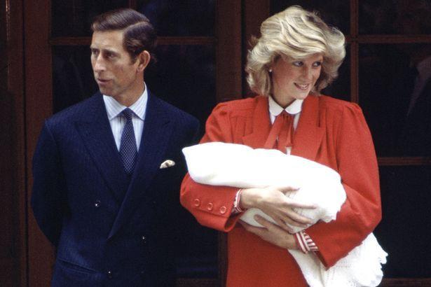 Cung điện hoàng gia chính thức xác nhận: Meghan phá vỡ truyền thống hơn 40 năm, quyết định từ bỏ điều này ngay sau khi sinh con đầu lòng - Ảnh 2.
