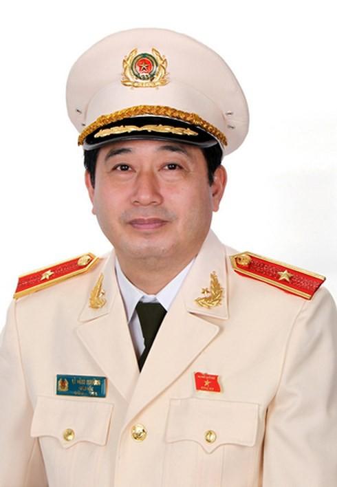 Vì sao thiếu tướng Lê Đình Nhường bị miễn nhiệm, cho thôi ĐBQH? - Ảnh 1.