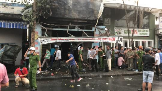 3 người chết trong cửa hàng bị cháy  - Ảnh 1.