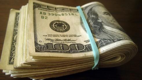 Chống đô la hóa, siết việc dùng ngoại tệ của doanh nghiệp - Ảnh 1.