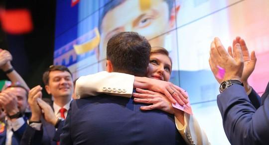 Tân đệ nhất phu nhân Ukraine: Cố vấn đặc biệt của chồng  - Ảnh 1.