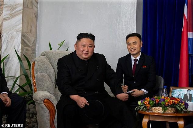 Những hình ảnh đầu tiên của ông Kim Jong-un trong chuyến đi lịch sử tới Nga - Ảnh 6.