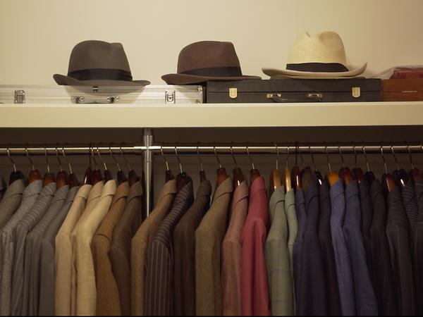 Gặp gỡ vị CEO chất lừ sở hữu hơn 50 bộ suit thời thượng: Nếu kinh doanh là một trận chiến, bộ suit của bạn chính là giáp phục quan trọng có thể hạ gục đối phương! - Ảnh 2.