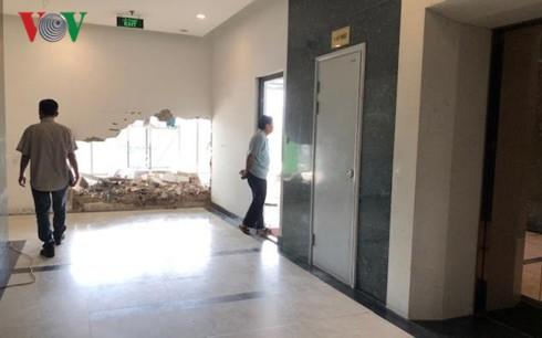 Hateco Hoàng Mai phớt lờ cư dân phá tường, trổ cửa chiếm lối đi chung - Ảnh 2.