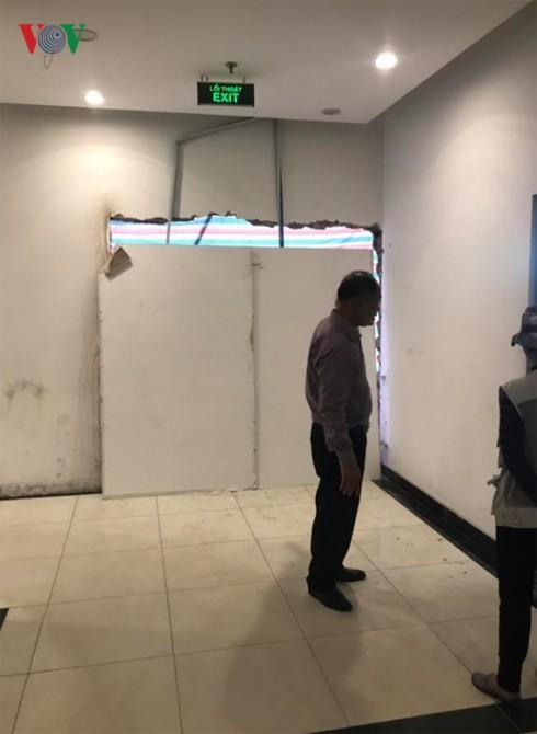 Hateco Hoàng Mai phớt lờ cư dân phá tường, trổ cửa chiếm lối đi chung - Ảnh 3.