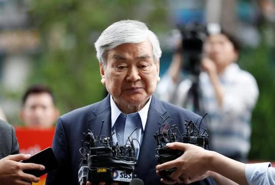 Vì sao cổ phiếu hãng Korean Air tăng vọt sau tin chủ tịch qua đời? - Ảnh 1.