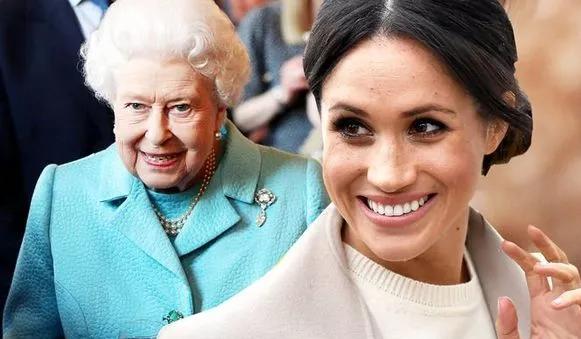 Người hâm mộ tin rằng em bé Sussex đã chào đời vì hành động bất thường này của Nữ hoàng Anh đối với cháu dâu Meghan - Ảnh 1.