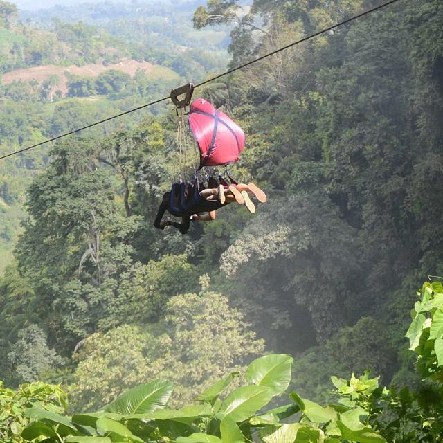 """Dân mạng """"rùng mình"""" với trải nghiệm treo người lửng lơ vượt các con thác cao nhất châu Á, liệu bạn có dám thử? - Ảnh 4."""
