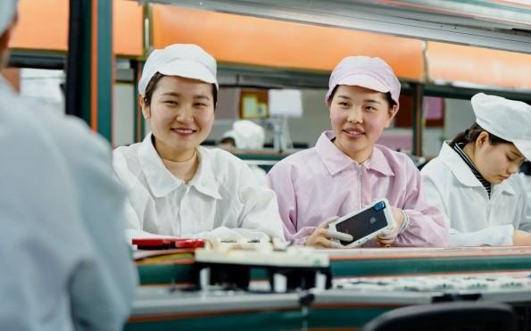 Mỹ - Trung sát phạt: Apple tính chuyện nghiêm túc ở Việt Nam - Ảnh 1.