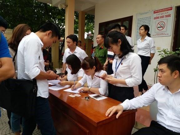 Luật sư của Hoàng Công Lương không đến, hoãn phiên tòa phúc thẩm - Ảnh 6.