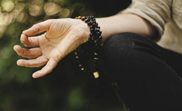 5 bước thiền định để giải tỏa mọi căng thẳng trong cuộc sống:  Luyện tập đúng cách tìm để lại sự an trú trong tâm, sức khỏe không ngừng tăng lên - Ảnh 2.