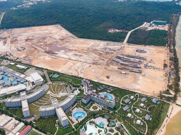 Sắp có thương vụ mua lại 7 tòa Condotel tại siêu dự án Grand World Phú Quốc, ông chủ là ai? - Ảnh 2.