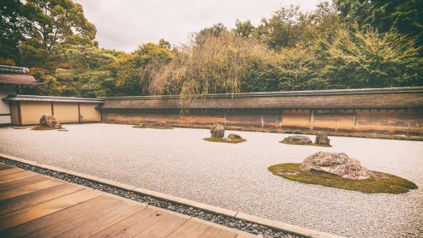 Được các thiền sư Nhật Bản giác ngộ, tôi quyết định tập thiền Zen và bất ngờ trước sự thay đổi kỳ diệu về sức khỏe chỉ sau 1 tháng: Ngủ ngon hơn, tâm thêm tịnh! - Ảnh 2.