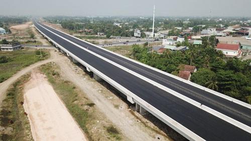 Thúc tiến độ dự án cao tốc hơn 31.000 tỉ đồng - Ảnh 1.