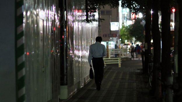 Làm việc đến chết - nỗi ám ảnh khôn nguôi và mảng màu u tối đến đáng sợ trong xã hội đầy tính kỷ luật ở Nhật Bản - Ảnh 5.
