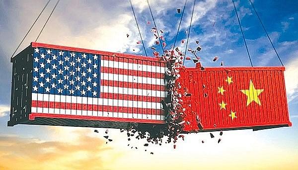 Chiến tranh thương mại Mỹ -Trung làm tổn hại tăng trưởng toàn cầu - Ảnh 1.