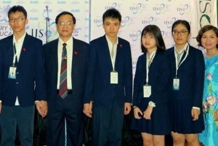 Nam sinh Việt Nam đầu tiên giành điểm điểm số tuyệt đối 1600 ở bài thi SAT 1 - Ảnh 1.