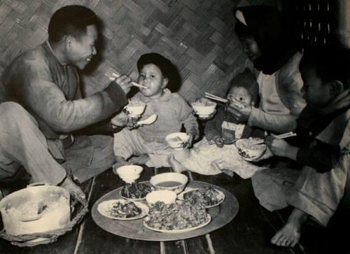 Từ chuyện đơn giản như ăn uống, ông bà ta đúc kết ra hàng loạt triết lý đắt giá trong cuộc đời - Ảnh 1.