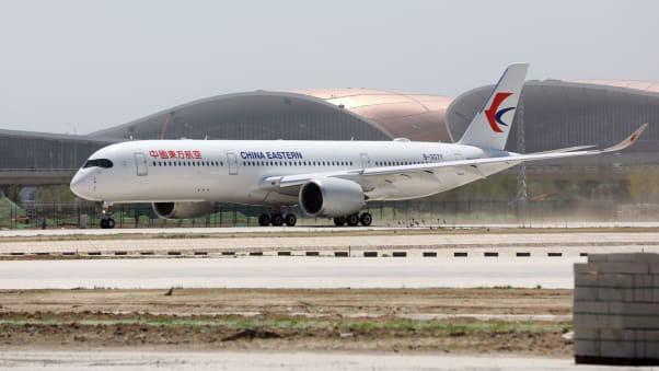 Ráo riết xây mới hàng trăm sân bay cùng một lúc, Trung Quốc đang toan tính gì? - Ảnh 1.