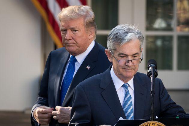 Tổng thống Trump: Tăng trưởng kinh tế Mỹ vượt 3%, chứng khoán tăng 10.000 điểm nếu Fed không nâng lãi suất - Ảnh 1.