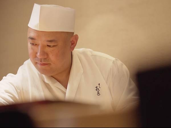 Cái khó ló cái khôn của vị đầu bếp điên và gan nhất Tokyo: Biến thịt cá sắp hỏng thành món sushi ngon nức nở đạt 2 sao Michelin! - Ảnh 3.