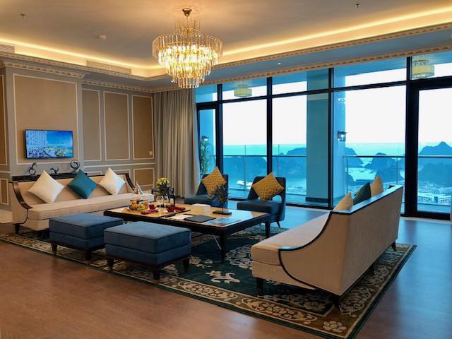 Cận cảnh phòng Tổng thống rộng 1.000 m2 tại khu quần thể có tầm nhìn đẹp nhất Hạ Long - Ảnh 3.