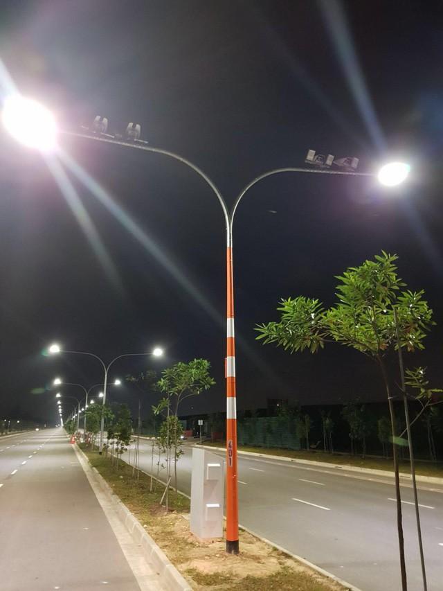Singapore - Thành phố thông minh nhất thế giới: Khi công nghệ trở thành chìa khóa phát triển, robot thay thế con người, cột đèn đường cũng ở một đẳng cấp khác! - Ảnh 6.