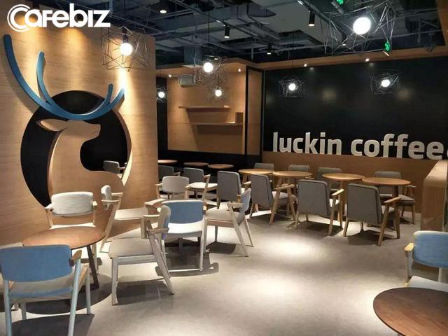 Luckin Coffee: Chuỗi cà phê địa phương đang ép Starbucks vào đường cùng ở Trung Quốc, tốc độ mở kinh hoàng 4h/cửa hàng, trở thành kỳ lân chỉ sau 9 tháng ra mắt - Ảnh 1.