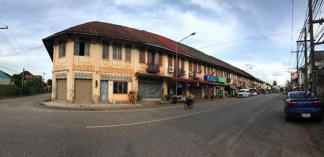 7 ngày đi phượt ở Lào: Ít nhất 2 lần bị công an hỏi thăm, đi rồi mới thấy cơm nhà ăn hằng ngày đáng quý biết chừng nào... - Ảnh 13.