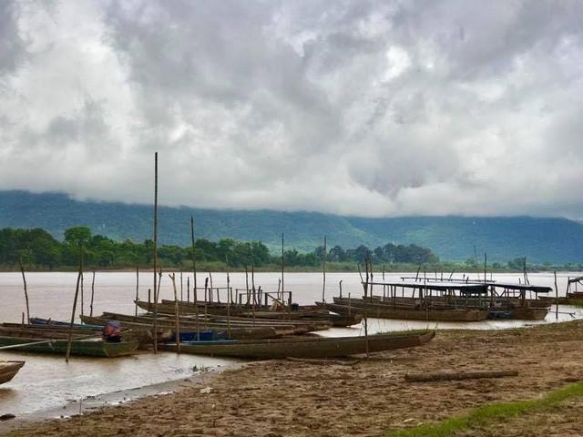 7 ngày đi phượt ở Lào: Ít nhất 2 lần bị công an hỏi thăm, đi rồi mới thấy cơm nhà ăn hằng ngày đáng quý biết chừng nào... - Ảnh 5.