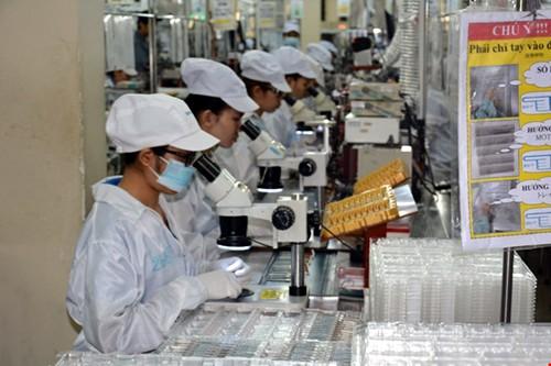 Vốn FDI từ Trung Quốc vào Việt Nam: Tiềm ẩn không ít rủi ro khó lường - Ảnh 1.
