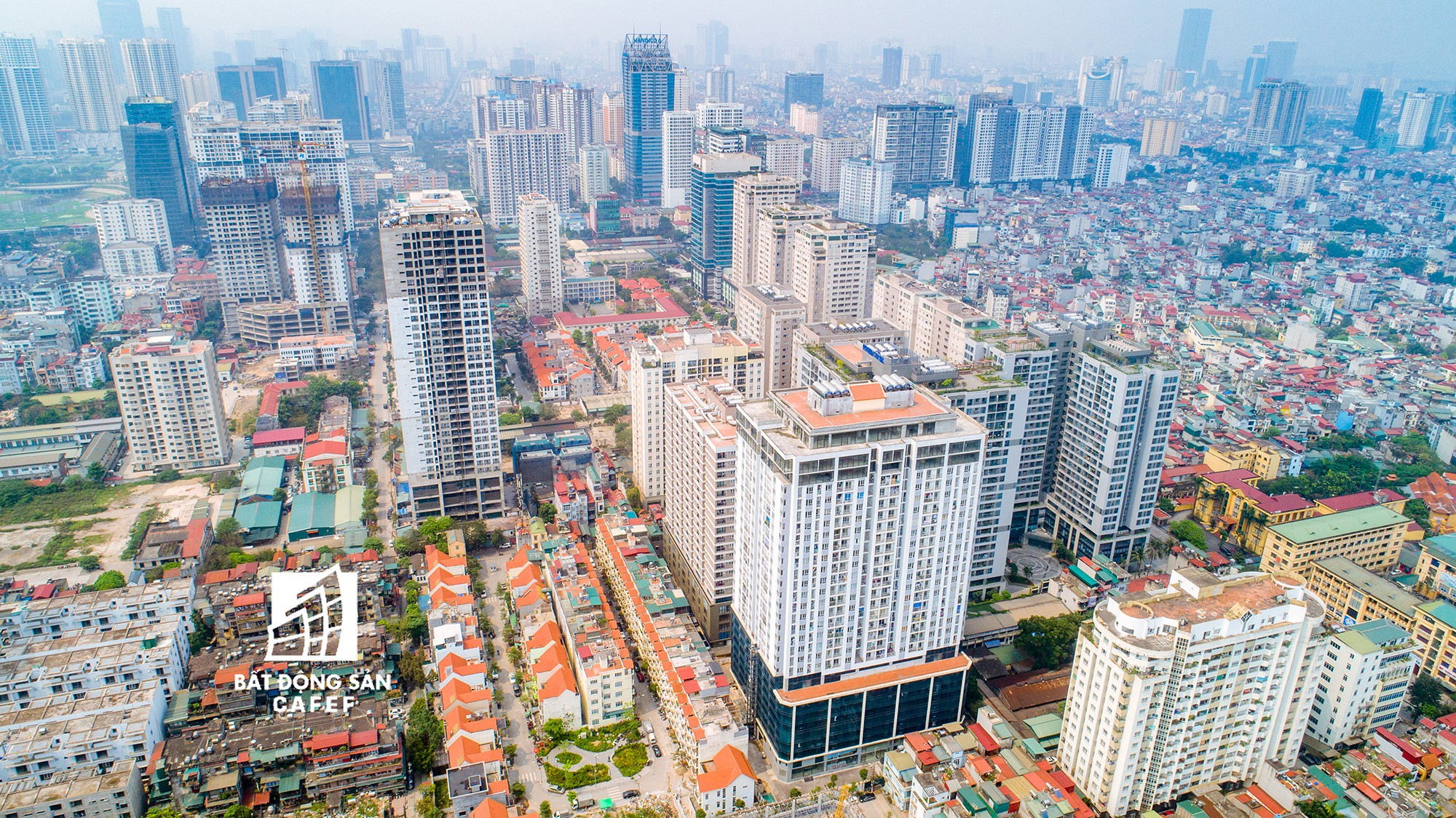 """Toàn cảnh """"rừng"""" cao ốc đang bóp nghẹt khu đô thị kiểu mẫu bậc nhất Hà Nội - Ảnh 3."""