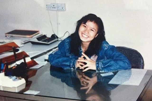 Người phụ nữ từng suýt lao đầu vào tàu hỏa tự tử, trở thành nữ tỷ phú tự thân giàu nhất thế giới, sở hữu đế chế sản xuất màn hình cho hàng tỷ chiếc điện thoại Apple, Samsung, Huawei… - Ảnh 1.