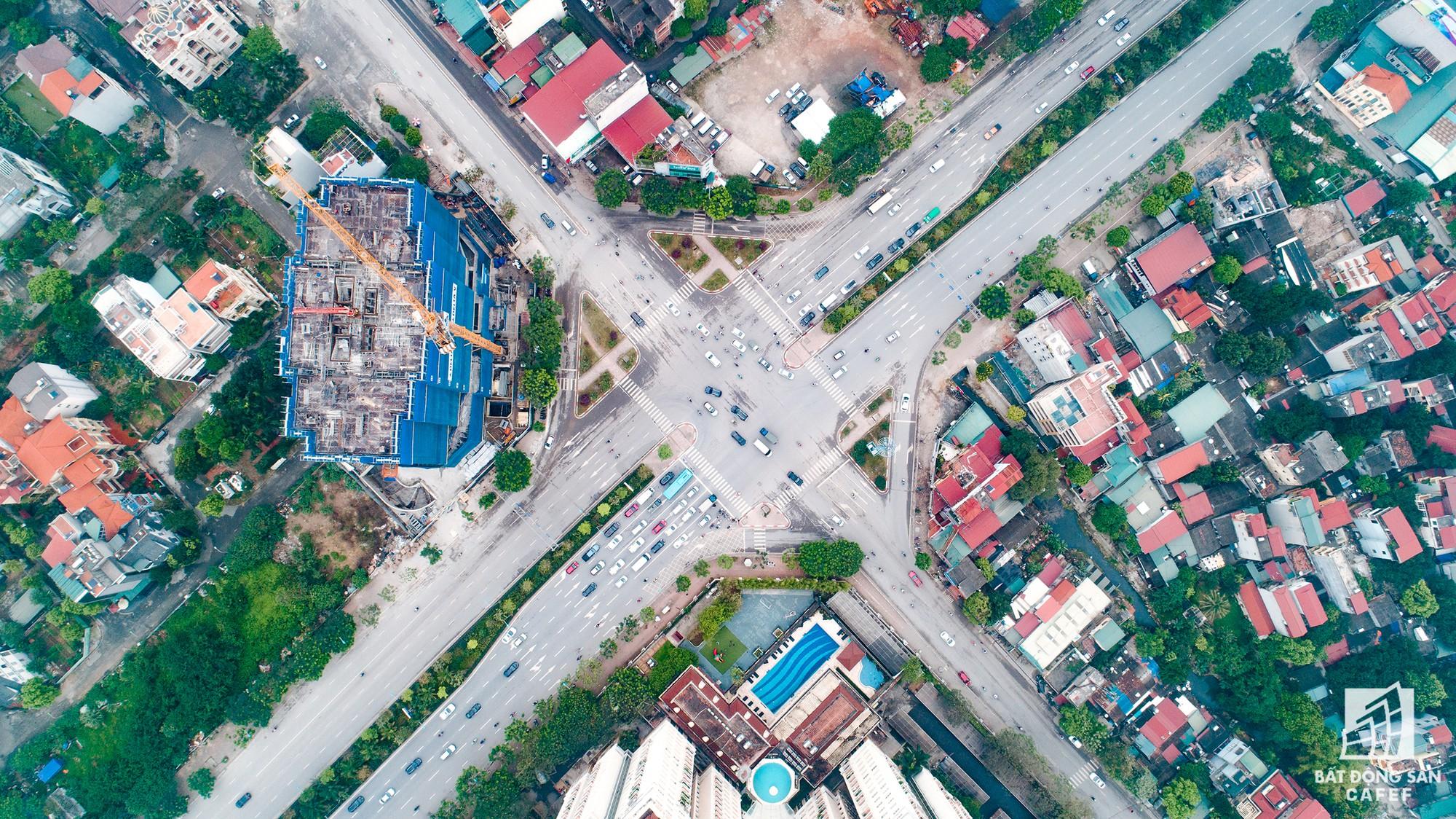 Cận cảnh hàng loạt dự án cao ốc dọc trục đường 8 làn xe tại trung tâm Hà Nội - Ảnh 11.