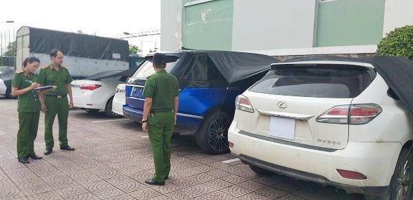 Triệt phá đường dây buôn lậu xe ô tô sang từ Lào về Việt Nam - Ảnh 1.