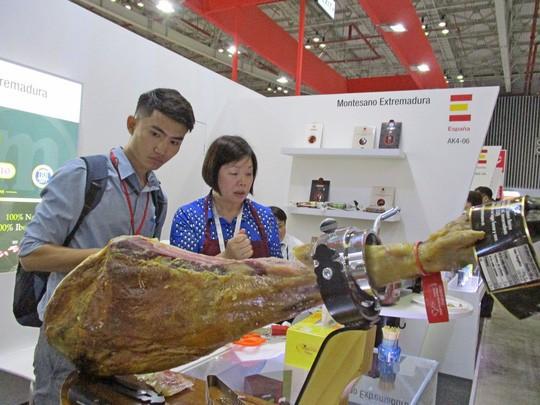Nhập khẩu thịt heo tăng 6,7 lần khi Việt Nam xuất hiện dịch tả heo châu Phi  - Ảnh 1.