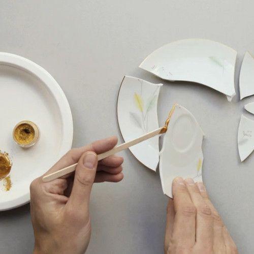 Kintsugi: Nghệ thuật dùng vàng ròng hàn gắn gốm vỡ và triết lý cuộc sống tôn vinh vẻ đẹp từ những rạn nứt tâm hồn của người Nhật - Ảnh 9.