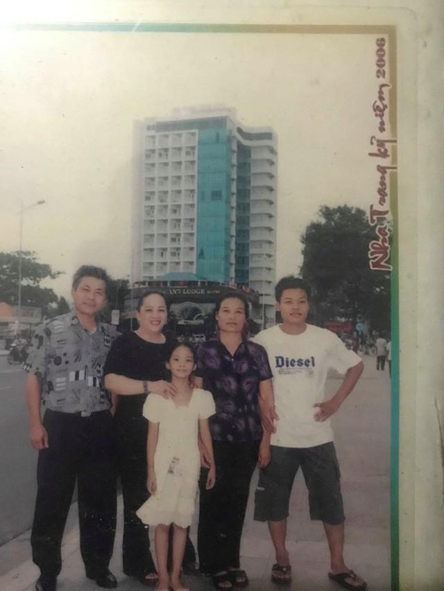 Lời hứa về giỗ mẹ của Đại úy phi công hy sinh trong vụ rơi máy bay quân sự ở Khánh Hoà - Ảnh 2.