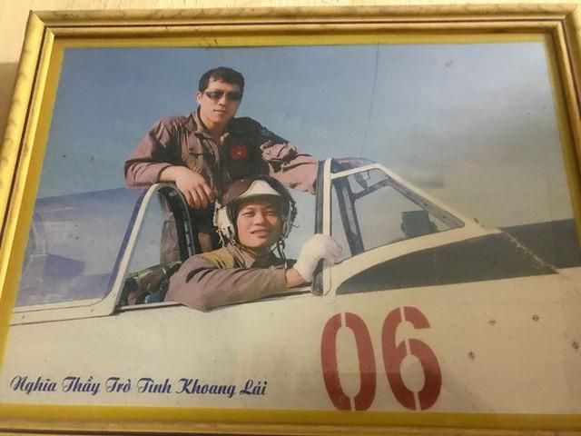 Lời hứa về giỗ mẹ của Đại úy phi công hy sinh trong vụ rơi máy bay quân sự ở Khánh Hoà - Ảnh 4.