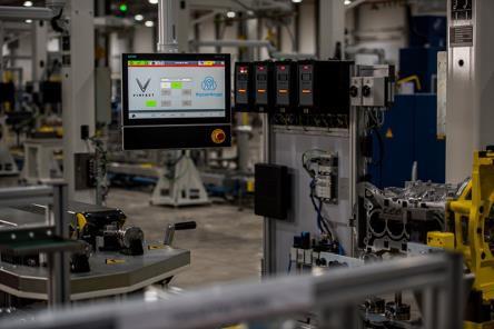 Bên trong xưởng sản xuất động cơ ô tô đầu tiên tại Việt Nam của VinFast có gì? - Ảnh 6.