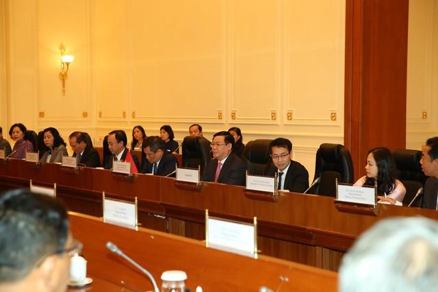 Phó Thủ tướng Vương Đình Huệ hội đàm với Phó Tổng thống Myanmar - Ảnh 1.