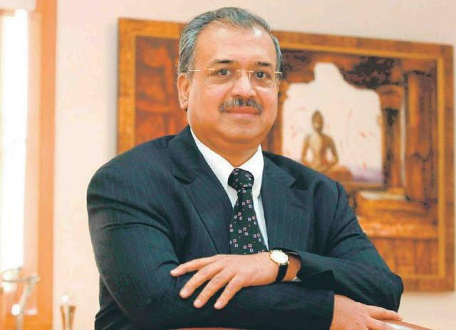 Tỷ phú Dilip Shanghvi: Cha đẻ của công ty dược lớn thứ 5 thế giới khởi nghiệp từ 200 USD đi vay và 2 nhân viên tiếp thị! - Ảnh 1.