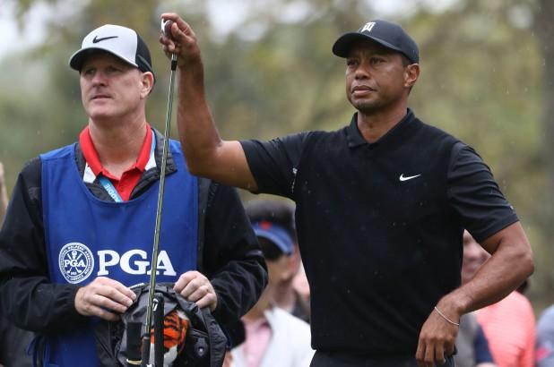 Chi hẳn 75.000 USD, người đàn ông nguyện trở thành caddie độc quyền của siêu hổ Tiger Woods trong một ngày - Ảnh 2.