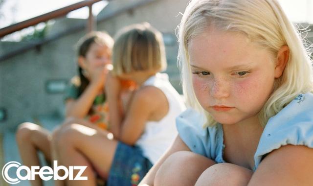 7 kiểu cha mẹ dễ làm con thất bại khi trưởng thành: Có khó khăn mới biết dạy một đứa trẻ nên người vất vả đến thế nào... - Ảnh 3.