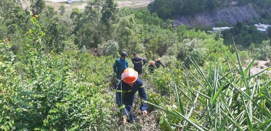 Đà Nẵng: Cháy lớn suốt 5 giờ khiến 3 hecta rừng bị thiêu rụi  - Ảnh 1.