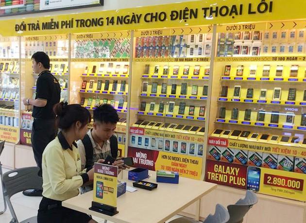 Huawei gặp hoạ lớn, smartphone Tàu đồng loạt giảm giá sâu - Ảnh 1.