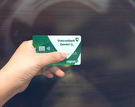 Tài khoản thẻ bỗng dưng bốc hơi 33 triệu đồng chỉ trong 3 phút - Ảnh 1.