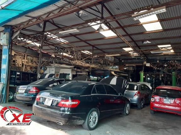 Điều hòa ô tô dở chứng ngày nắng nóng, garage quá tải - Ảnh 2.