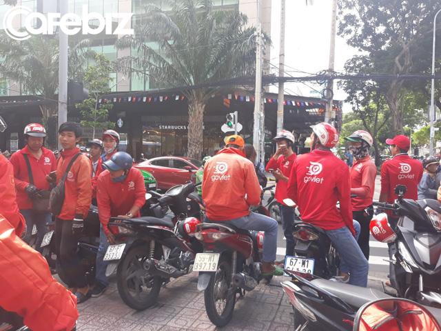 """Hàng trăm tài xế đình công phản đối chính sách của Go-Việt: """"Chúng tôi làm 17-18h/ngày cũng không đủ điểm để đạt mức thưởng đưa ra"""" - Ảnh 4."""